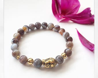 Elastic beaded bracelet and Buddha