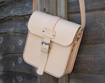 Leather Messenger Bag, Small Bag, Leather CrossBody Bag, Possibles Bag, Vintage Style Bag, Festival Bag , Natural Leather Bag, Cross Body