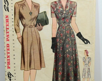 """Vintage 1940's Simplicity Pattern 4517 Day or Evening Dress Bust 40"""" Complete"""