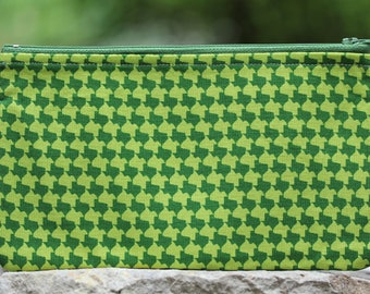 Green Houndstooth Texas Flat Pouch