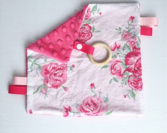 Taggy Flower Pink Option: ring silicone & paper rustling