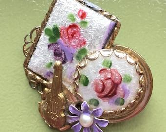 Musical Roses Brooch