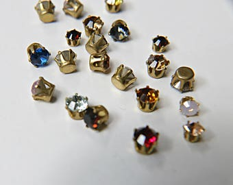 Swarovski 39ss Vintage Clips (31 Crystal Colors) 6/12/24/100 Pieces Brass/Vintage Black Settings