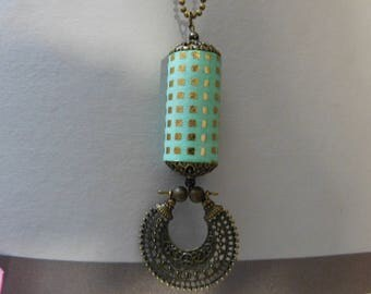 Paper square Bead Necklace