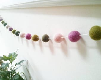 Pink and green home décor, pink felt ball garland, green Feltball garland,hygge, hygge home décor, warm, cosy nights, living room decor