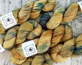 TOP DRAWER ALPACA, Wheatfields, hand dyed yarn, hand painted yarn, sock yarn, knitting yarn, crochet yarn