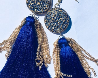 Queens blue & gold wooden tassel earrings with chains