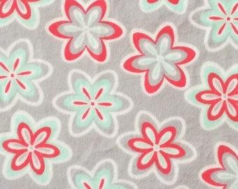 Floral minky blanket, personalized floral minky blanket, Baby Gift, Nursery Blanket, Toddler Bedding, Nursery Blanket, Crib Bedding