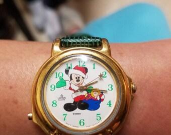 Vintage rare lorus Mickey Christmas watch