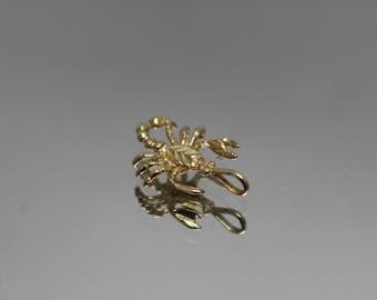 14k - Diamond Cut Scorpion Scorpio Zodiac Charm Pendant in Yellow Gold