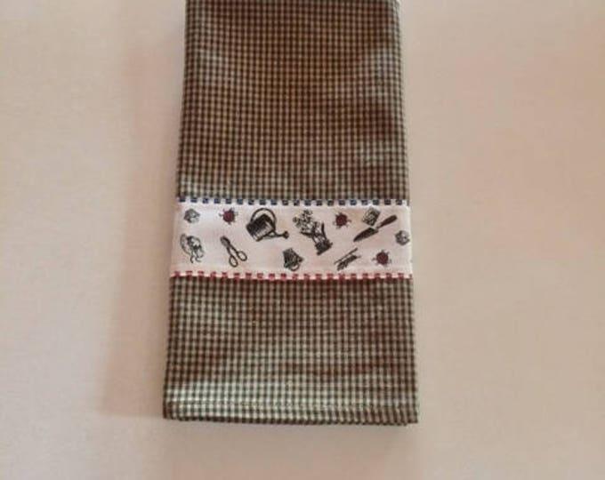 Kitchen Towel, Tea Towel, Dish Towel, Towels Country Kitchen, Housewarming Gift Kitchen Towels, Country Garden Towel,