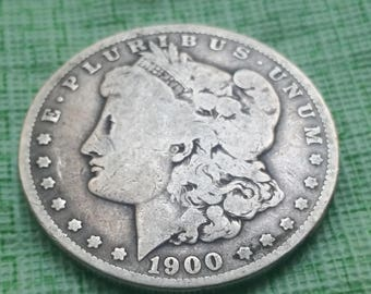 1900 US  Silver Morgan dollar #S579