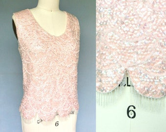 felicity / 1960s peach pink sequined knit top with scalloped hem / 12 medium