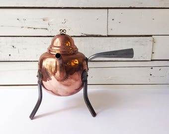 Vintage Swedish copper teapot | hamered tripod metal footed teapot
