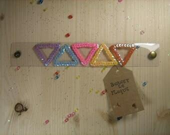 Bracelet transparent sequins triangles pattern