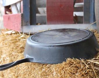 Lodge #9 Cast Iron Pan