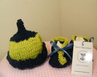knit/crochet baby hat and bootie navy blue and green-NEW ITEM!!!!