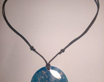 Translucent blue round pendant necklace