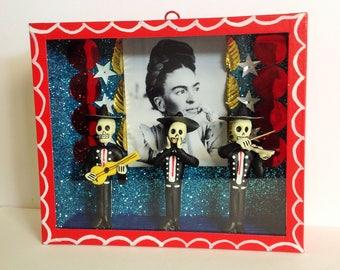 Frida Kahlo Colorful Wooden Nicho Shrine Ornament Altar / Altar Frida Kahlo Nicho Handmade Day of the Dead