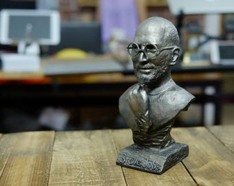 Steve Jobs desk sculpture