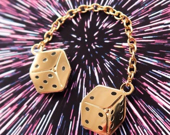 Golden Dice Chain Pin - Star Wars Gold Die Flair - Han Solo Millennium Falcon Cock-Pit Dice - Hard Enamel - The Last Jedi Flair - Lucky Dic