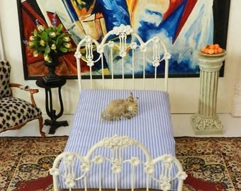 "Artisan Made Dollhouse Miniature Wrought Iron Look Bed ""KATE"" 1:12 Scale Twin and Full, Half Scale"