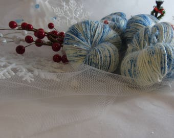 Magic. White Witch -Fingering Weight Yarn - 100g. Christmas sock yarn. Christmas yarn. Hand dyed speckled yarn. Winter yarn. Sock yarn.