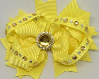 "Yellow - Medium: 4.5"" Hair Bow Clip"