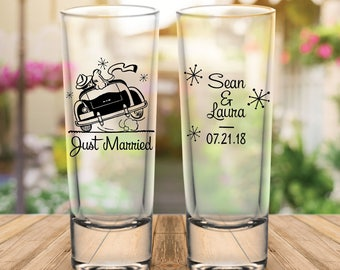 "Custom Retro ""Just Married"" 2-Sided Tall Wedding Favor Shot Glasses"