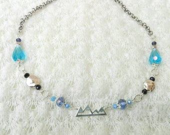 Crystal necklace, Christmas necklace, blue necklace, blu necklace, metal necklace, chain necklace, necklace, short necklace, Christmas gift
