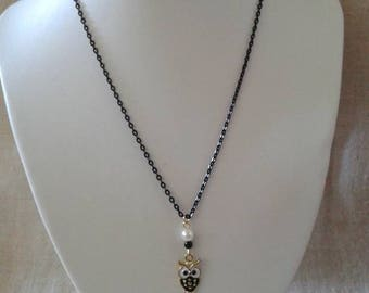 """""""little black and white OWL"""" necklace"""