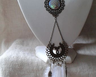 """necklace """"connectors and white feathers"""""""