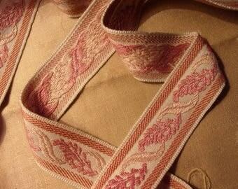 beautiful old lace or vintage 3 meters