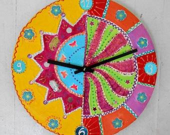 Clock diameter 33 cm terrain elephants walk