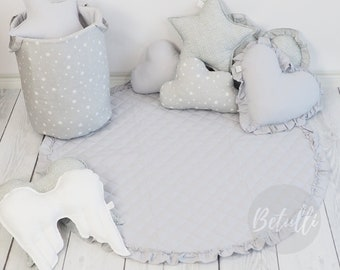 Grey play mat / Quilted play mat/ Play mat with frill / Play mat with ruffle/ Round play mat / Kids play mat / Baby room / Kids room