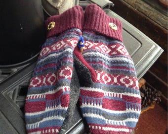 Warm men's sweater mittens