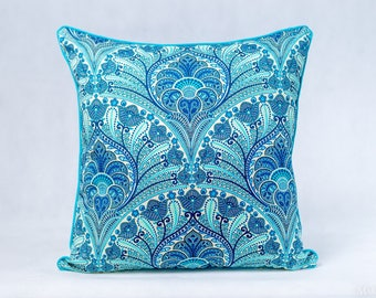 Tommy Bahama Crescent Beach Riptide Cushion Cover  Indoor/Outdoor