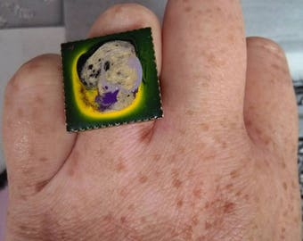 Adjustable square ring in paint and resin for adults or children unique