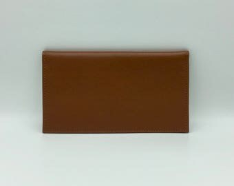 Wallet in caramel brown leather