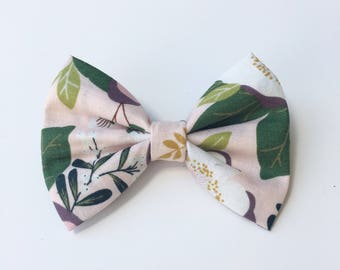 Purple flower, Flower bow, floral bow, pink bow, baby bow, toddler bow, kid bows, hairbow, hair bow, hair accessories