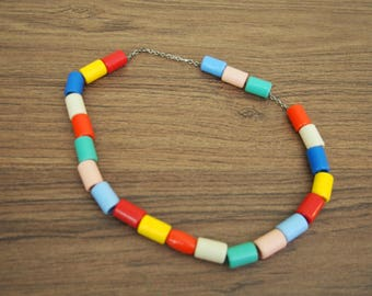 Vintage 70s rainbow necklace plastic tubes