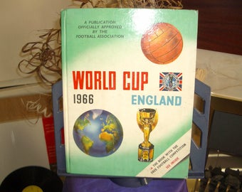 Officially Approved by the Football Association World Cup 1966 England Book WC02