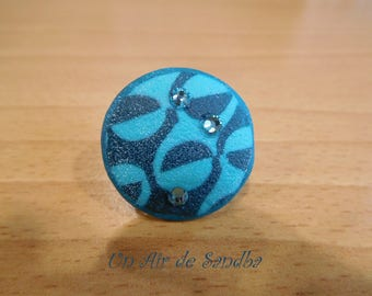 "Ring adjustable ""Nyila"" polymer clay."