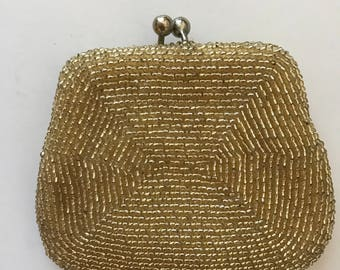 Vintage gold beaded coin purse. 4x3