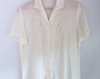 Embroidered Vintage Cream Silk Blouse | Size M | Women's Vintage Clothing