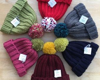 Childs chunky pompom hat, 6-10 Years childs hat, Crochet Pompom Hat, crochet pom-pom hat, bobble hat, girls pompom hat, boys pompom hat