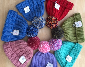 childs pompom hat,  3-5 Years girls hat  3-5 years boys hat, Chunky childs Pompom Hat, crochet pompom hat, boys bobble hat, girls bobble hat