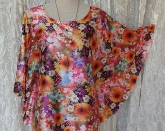 Tunic Chic, trendy and casual printed fields of flowers, Kaftan, Caftan, Gandoura Style, handmade