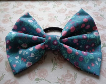 Green Flower Mix Pattern Fabric Hair Bow