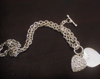 1970s  vintage necklace heart silver